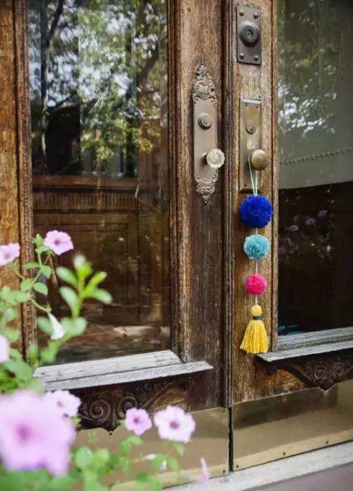 艺术家的加 | DIY毛球挂饰,给你毛绒绒的小关怀